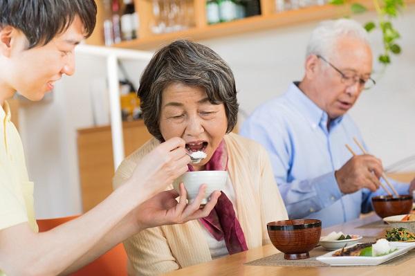 介護食選びで気を付けたいこと。一人ひとりに合った介護食の選び方
